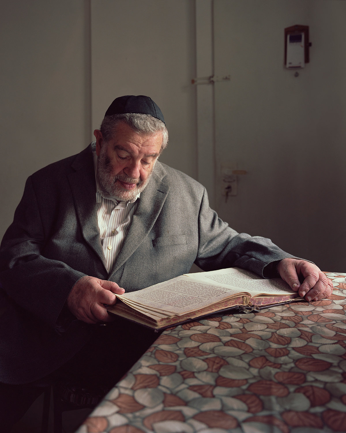 Rabbi Fleer with Nachma, 2016