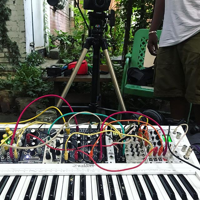 Patched up some modular synth polyphony for @_sonicscoop with @rcynemcee on the camera.  Coming soon to sonic scoop . .... featuring great sounds by @westonaudio @makenoisemusic @whimsicalraps @instruomodular @mutableinstruments @malekkoheavyindustry @intellijel @waldorfmusic @4ms_company w shout out to @moogsynthesizers #modularsynth #eurorack #synths #music #producer