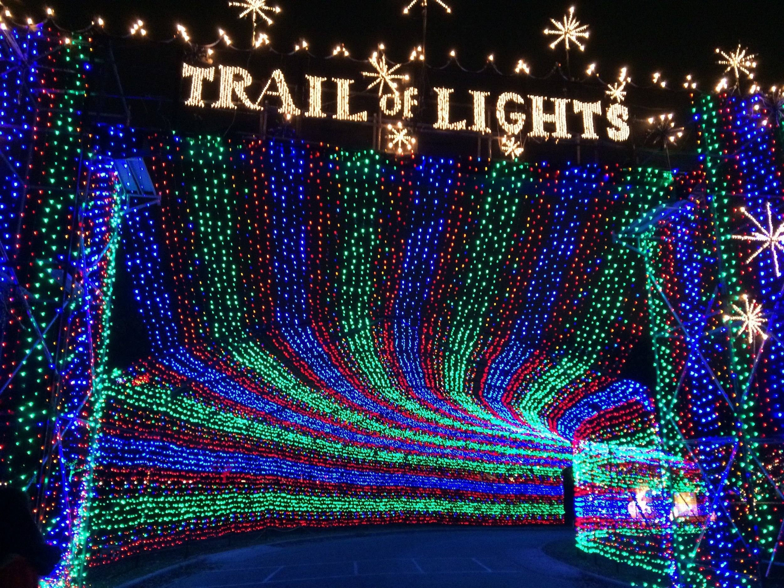 trailoflights.jpg