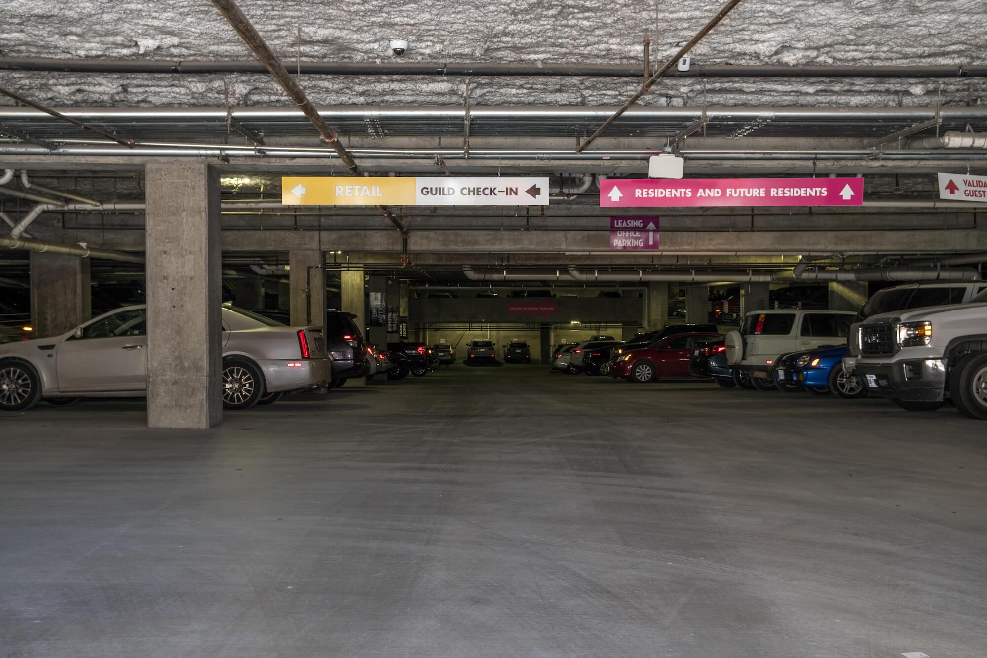 06_Garage Entry.jpg