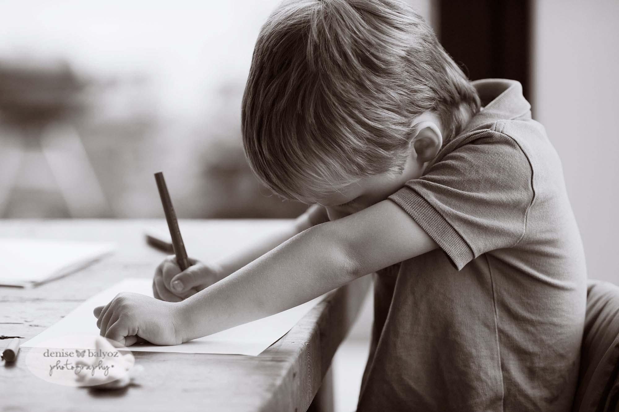 lifestyle-child-photographer-surrey.jpg