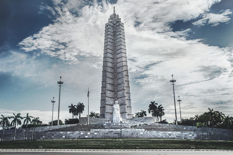 2 alejopik_Travels_Havana_Revolution_Square.jpg
