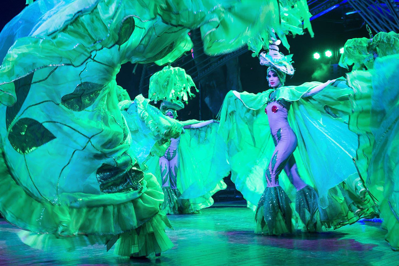 1 alejopik_Travels_Havana_Tropicana_Show_1.jpg