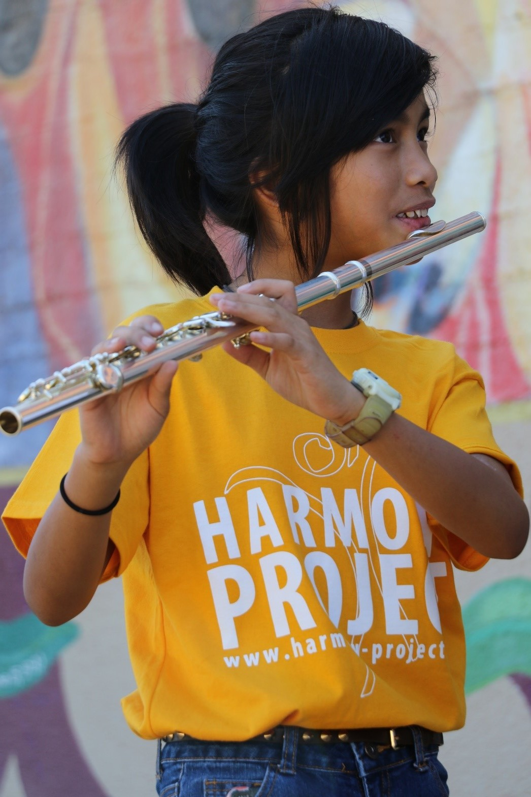 - This year, the Harmony Project LA will serve just shy of 3,000 students at its 13 different community sites. Through its affiliate programs, it will serve approximately 2,000 additional students nationwide. Despite high levels of student transiency in its neighborhoods, it still retains 80% of its students from one year to the next.