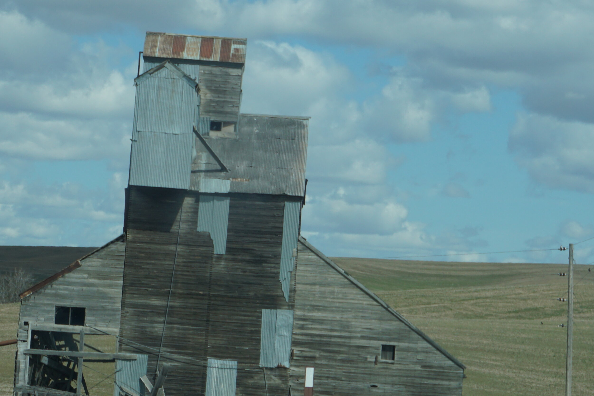 Grain elevators dot the countryside throughout the Palouse, no surprise.