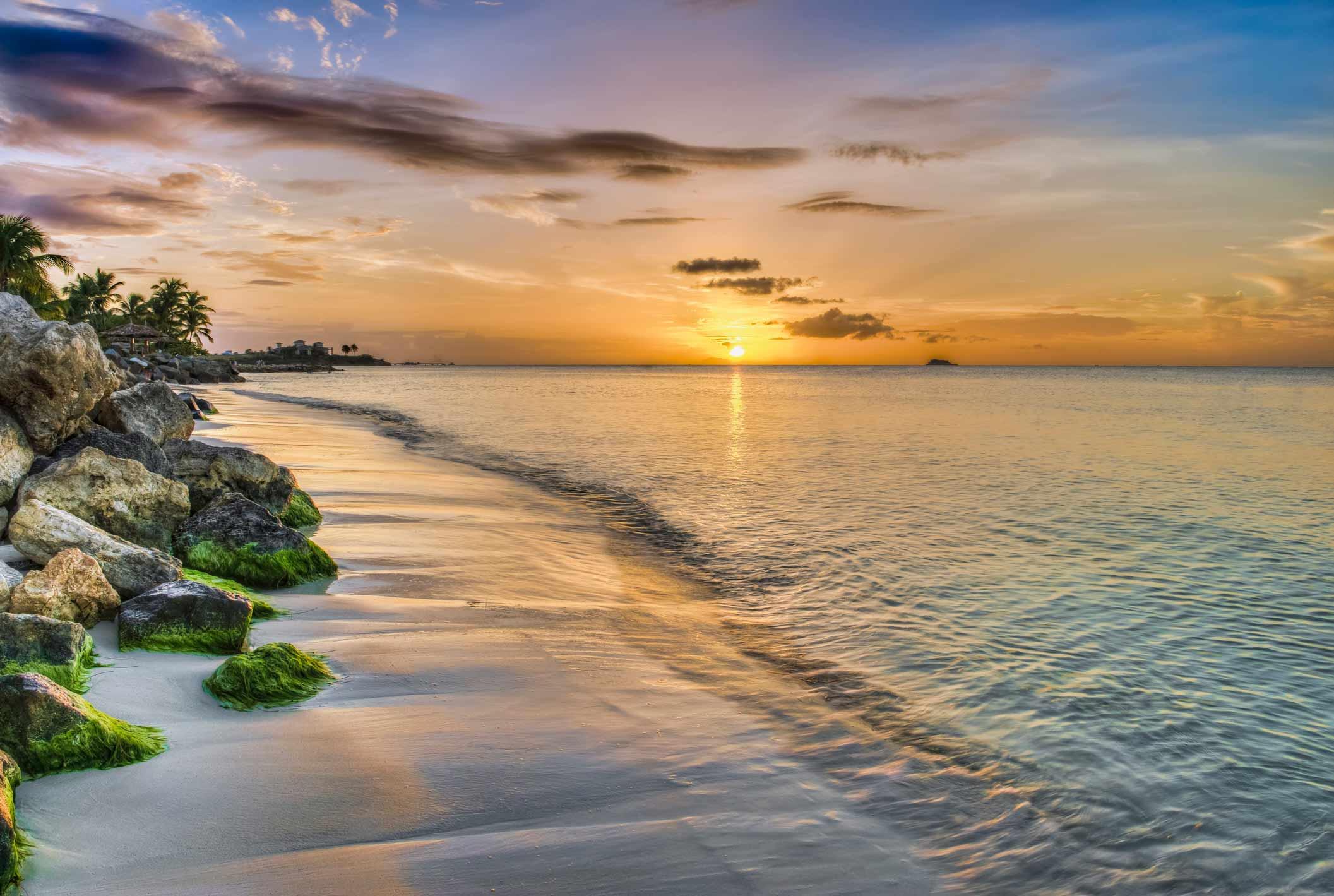 RHMB_Antigua_coast01.jpg