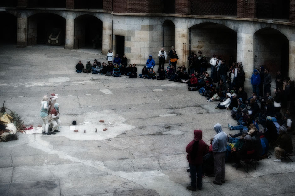 We Players - Macbeth at Fort Point 2008 - 026.jpg