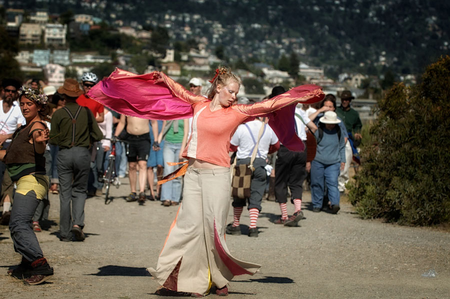 We Players - The Tempest at Albany Bulb 2006 - 043.jpg
