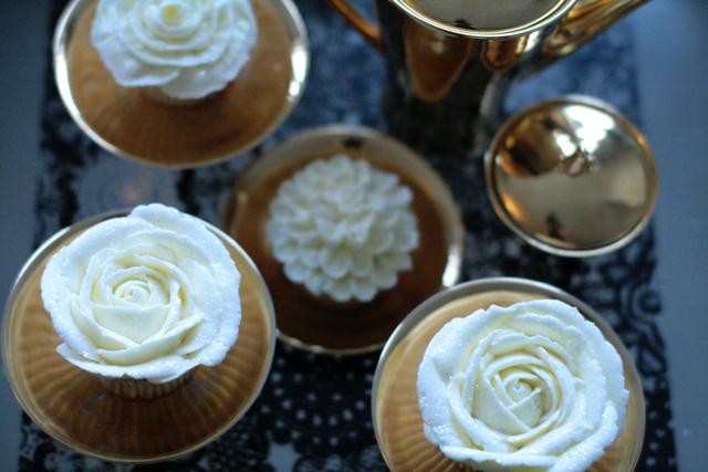 cupcakesfloral07.jpg