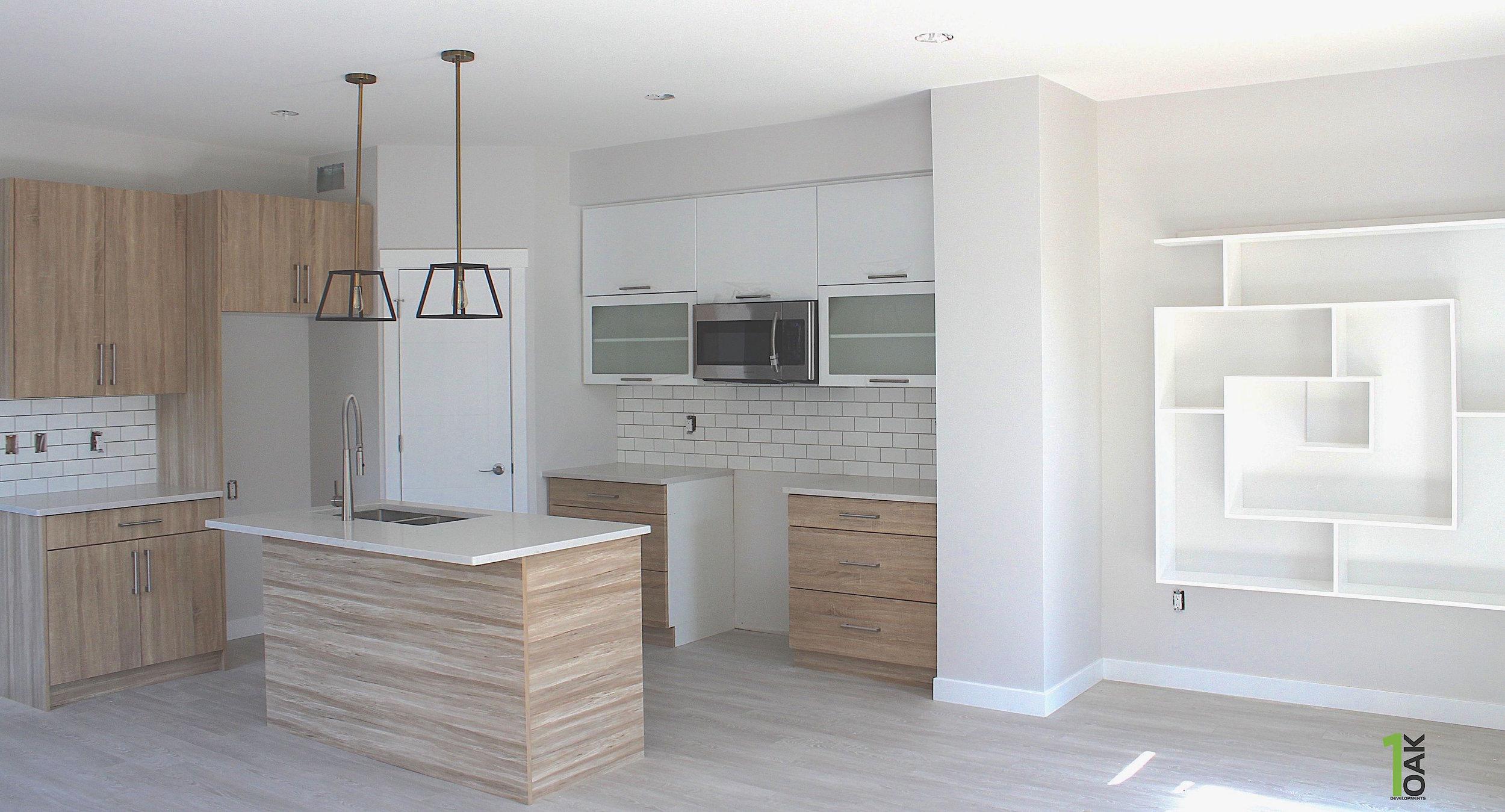 828 kitchen 2.jpg