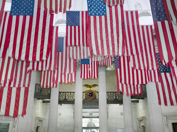 A Living Thing/ Mel Ziegler: Flag Exchange at Federal Hall, 2017