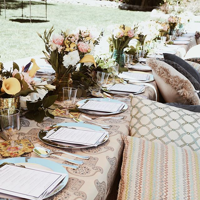 Reason #527 for why we love summer: chic bohemian brunches outdoors. What's your favorite summer activity?