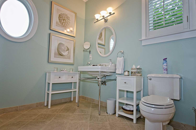 Seaside-Bathroom3.jpg