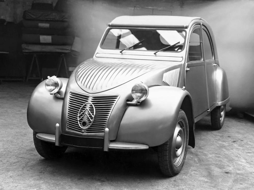 1948 Citroen 2CV.jpeg
