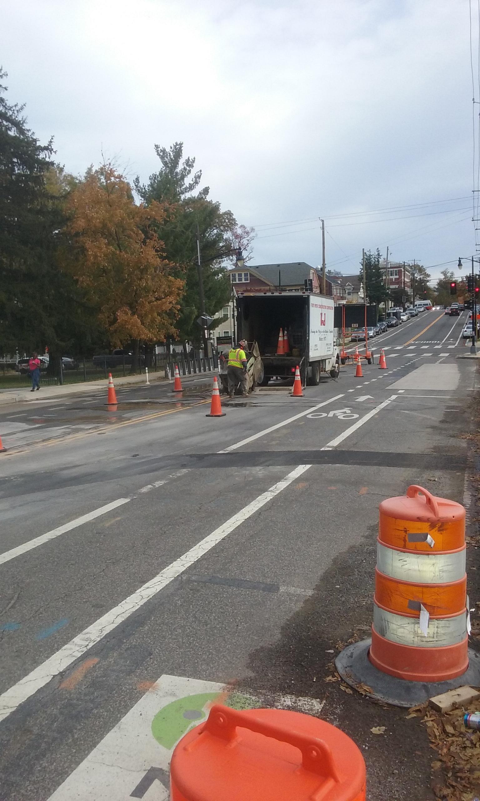 Asphalt cutting for utility at 9th & Monroe
