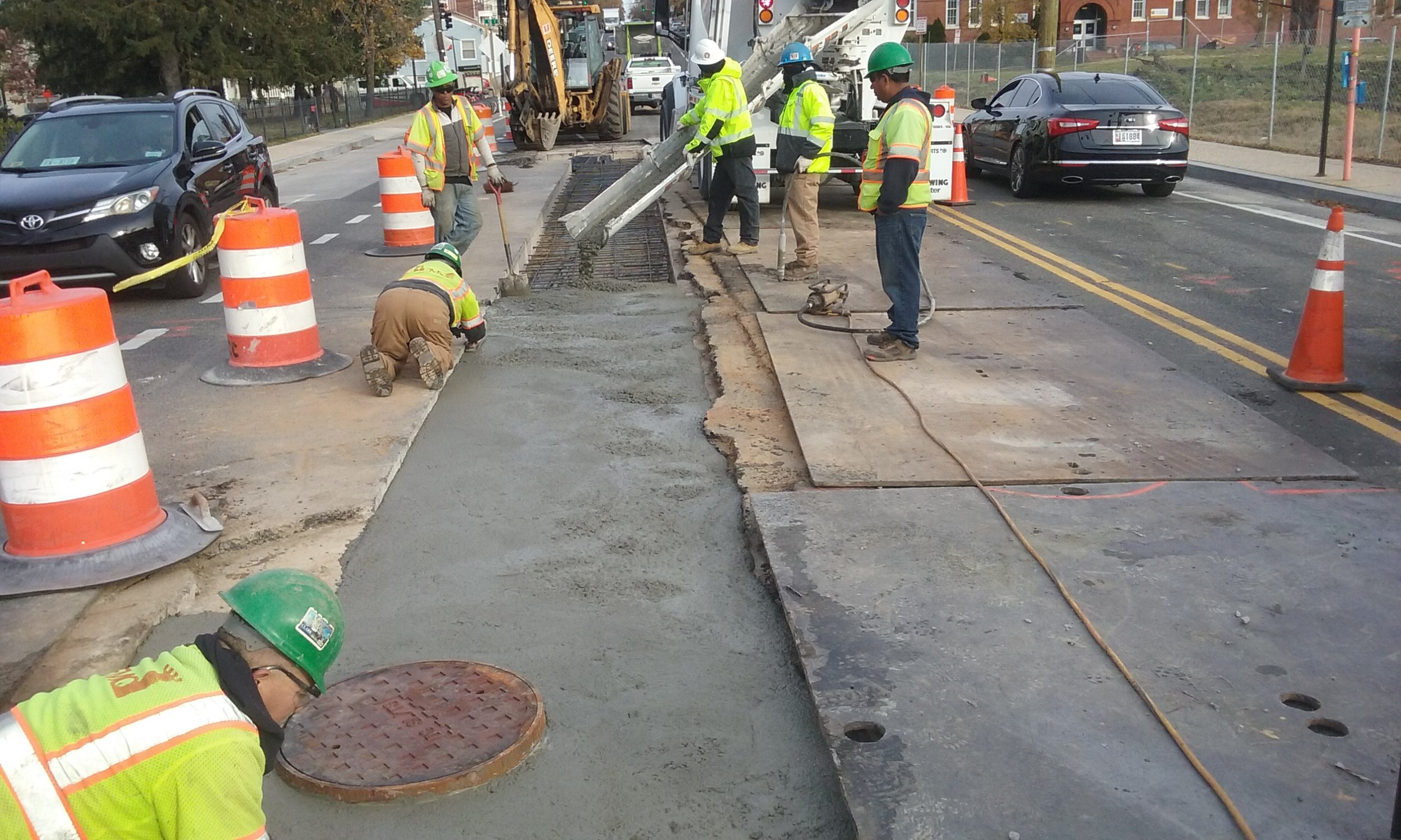 Concrete placement for utility cut repair-east of 9th & Monroe