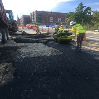 Utility cut – pavement restoration at 9th & Monroe
