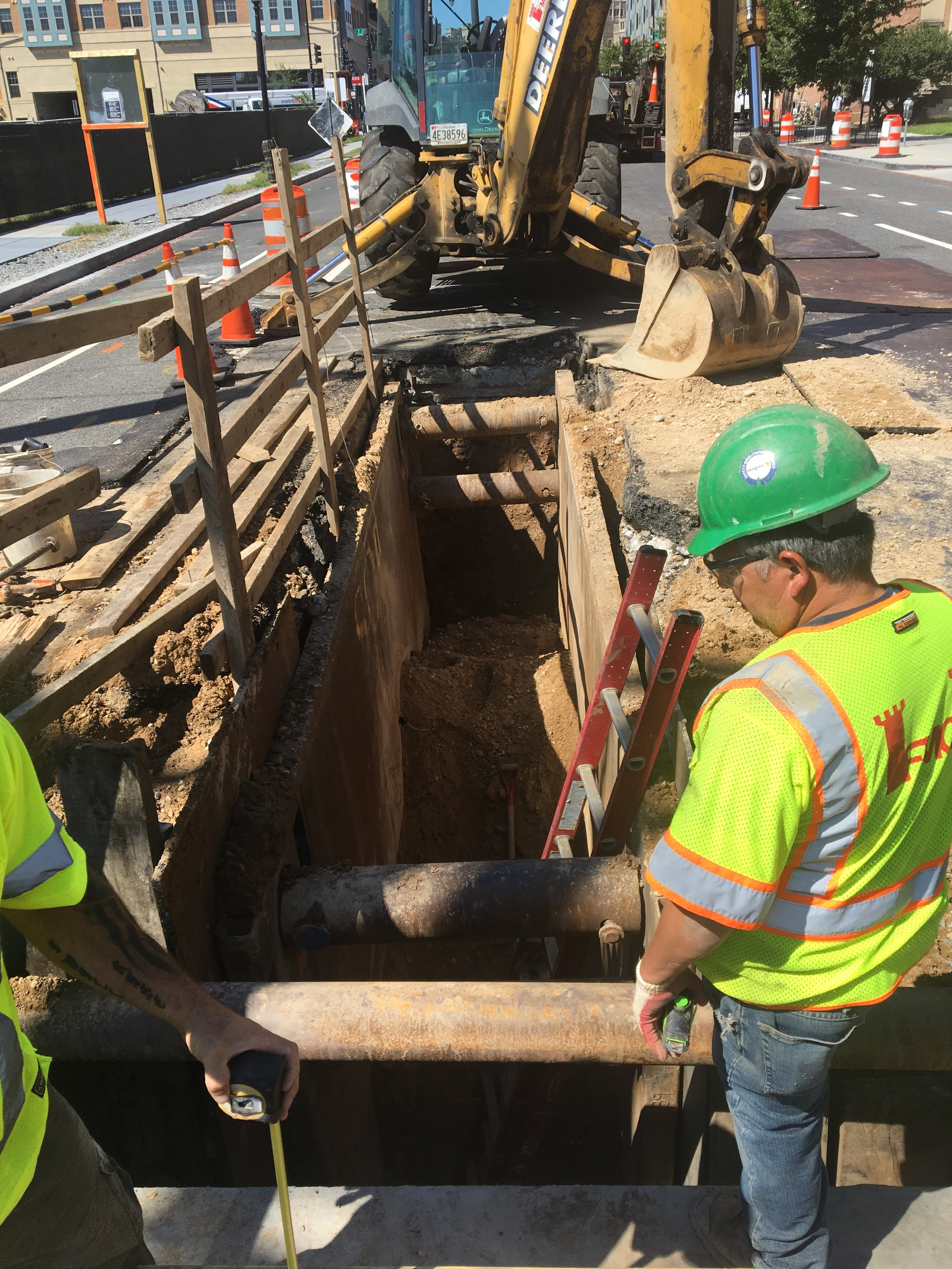 Excavation/trenching work west of the intersection of 8th & Monroe