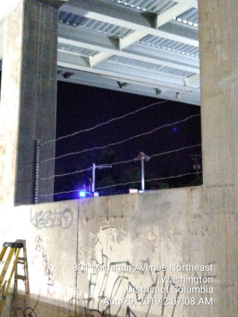 Barb wire fence installation on Crashwall, Pier 1