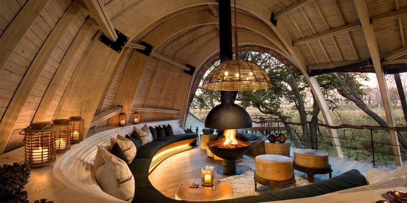 east-africa-and-beyond-by-private-jet-giraffe-manor.jpg
