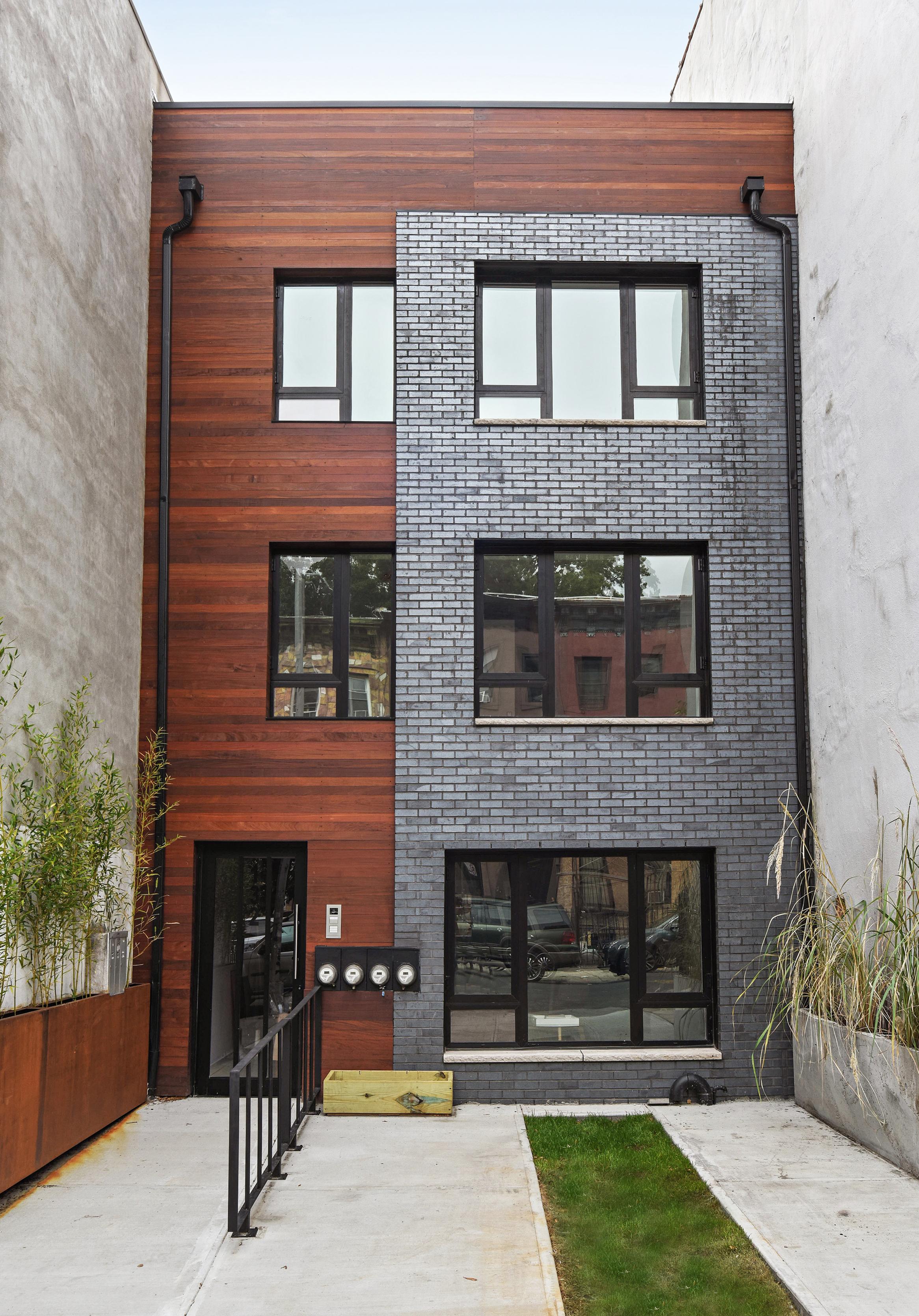 132 Jefferson Avenue, 3-Family in Bedford Styuvesant, Brooklyn