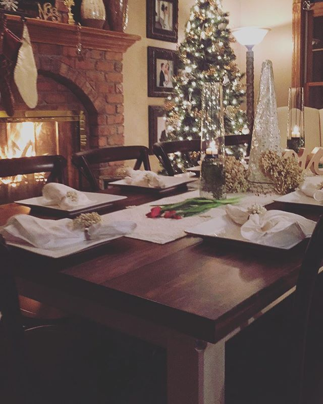 Merry Christmas from our family to yours (and your families to-be! 💕). We couldn't help ourselves from sharing our handcrafted #VintageFarmhouseTables with our family at Christmas dinner! 🎄❄️☃ Don't forget: just a few days left of our awesome 2016 deals! #local #familybusiness #premierbride #wiscobride #greenbaywedding #wisconsinwedding #farmhouse #vintage #weddingtables #wisconsinevents www.vintage-farmhouse-tables.com