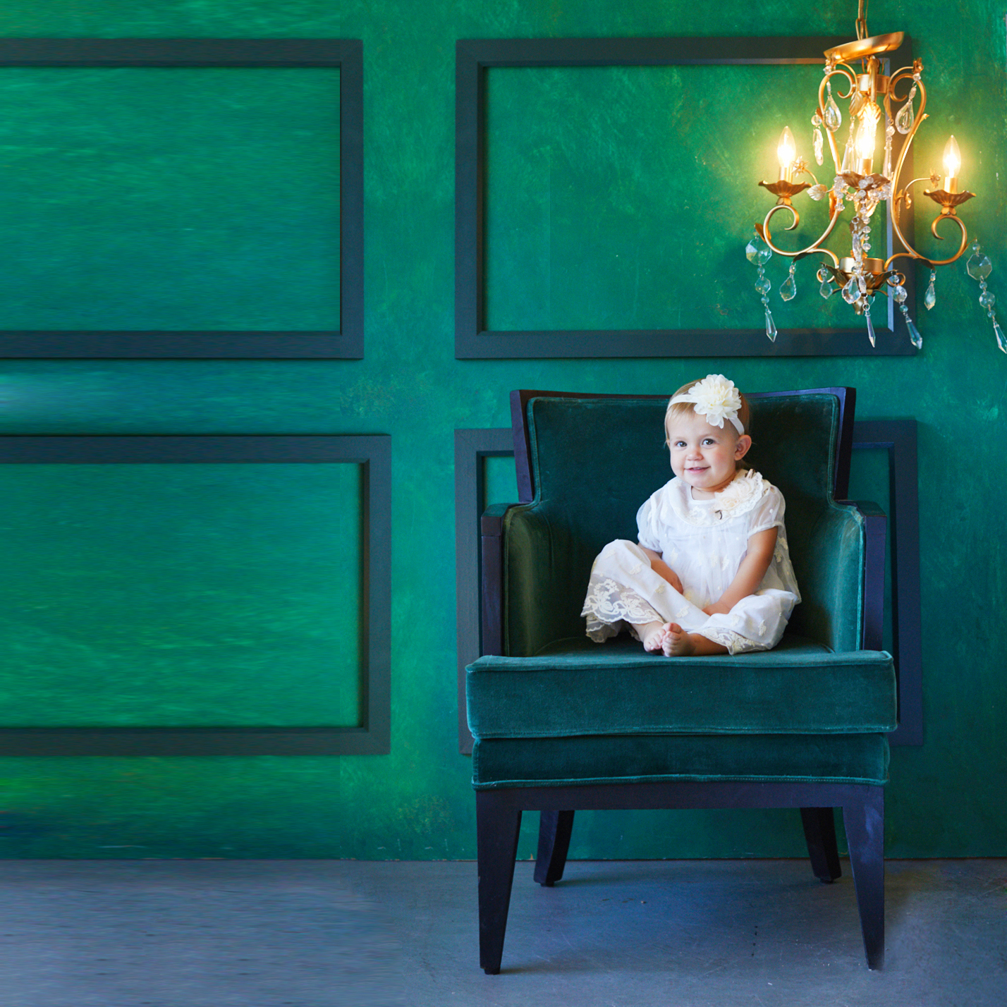 Emerald Jewel Box simple and elegant