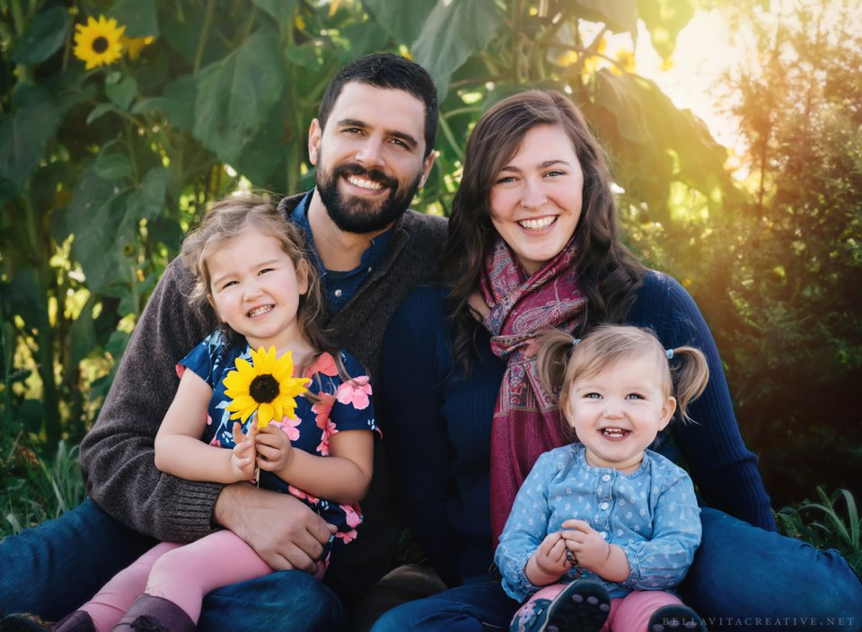 Gordon-Skagit-Farms-Mount-Vernon-Washington-Family-Session-Bella-Vita-Creative_0007.jpg