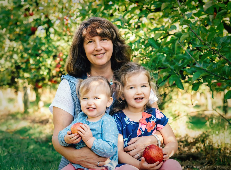 Gordon-Skagit-Farms-Mount-Vernon-Washington-Family-Session-Bella-Vita-Creative_0009.jpg