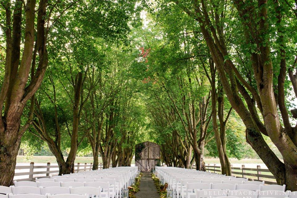Maplehurst-Farm-Mt-Vernon-Wedding-Bella-Vita-Creative_0017.jpg