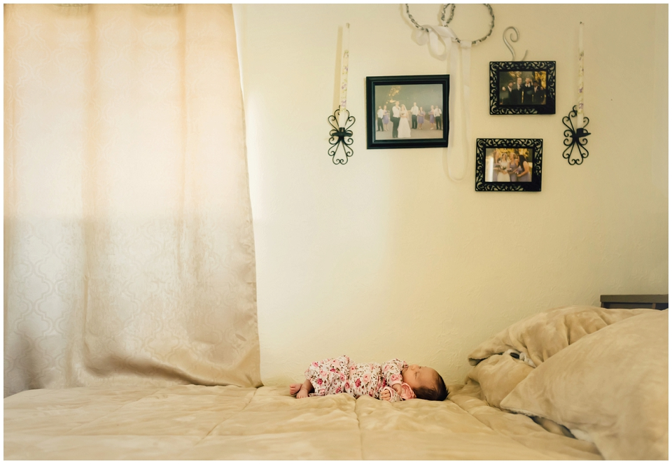newborn-baby-in-home-session-skagit-county-photography.jpg