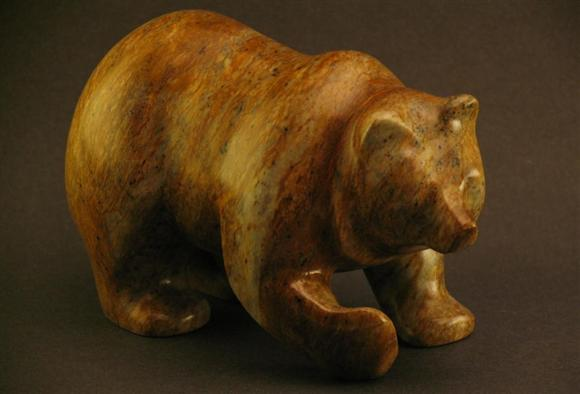 BEAR WITH CURVED PAW
