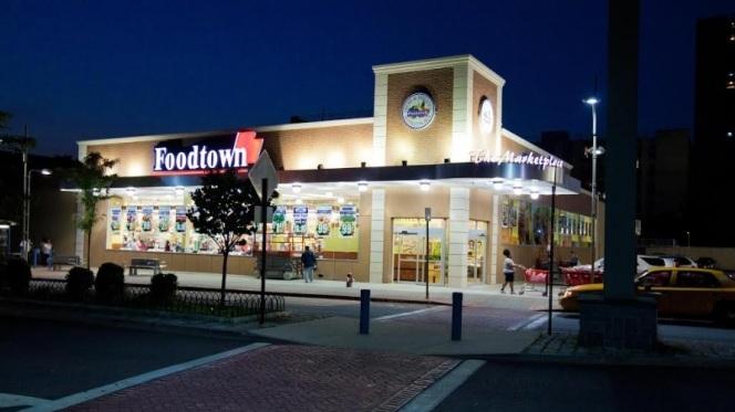 1553729308_foodtown.jpg