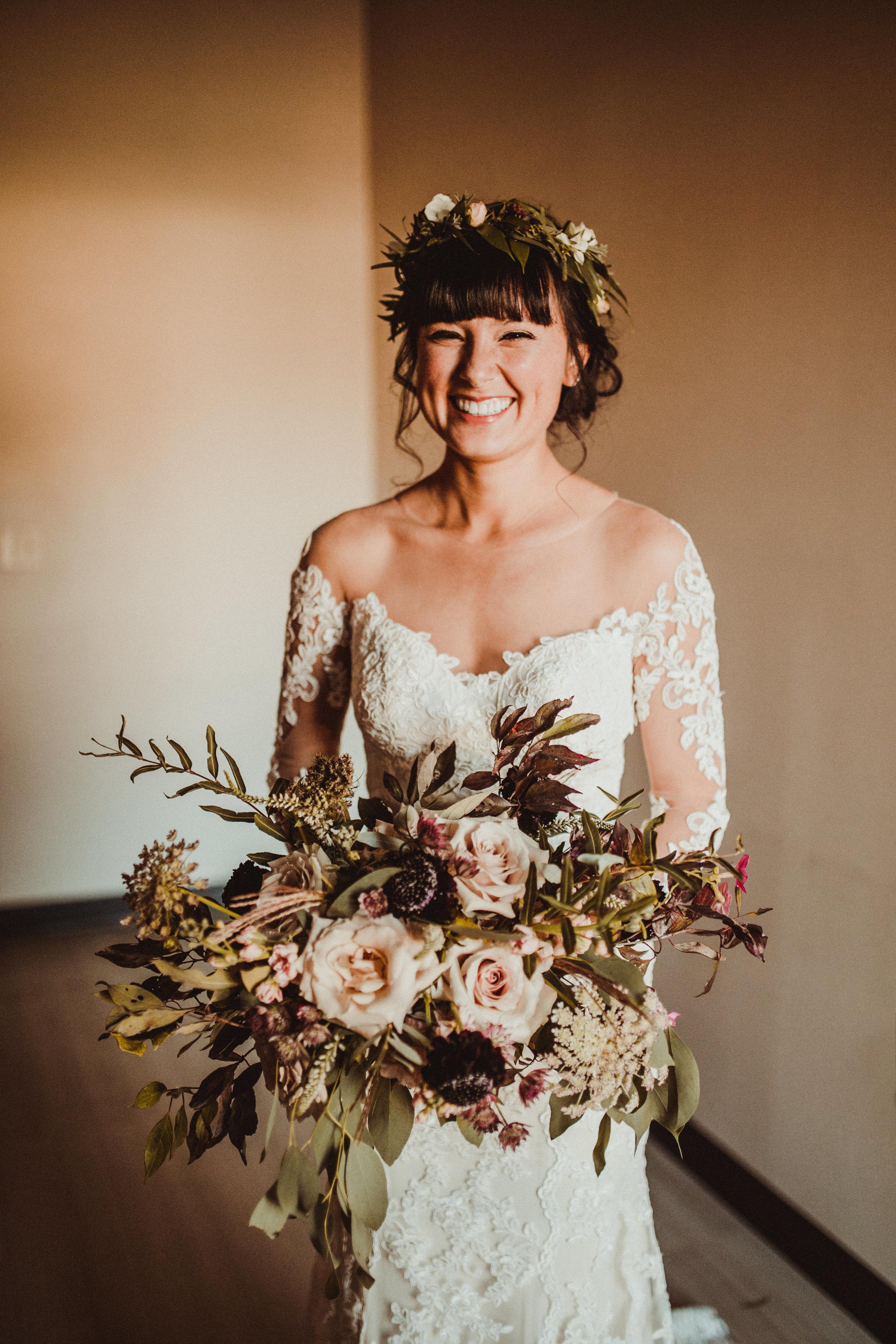 sam-brittany-fortwayne-wedding-brynnaisabell-gettingready (100 of 115).jpg