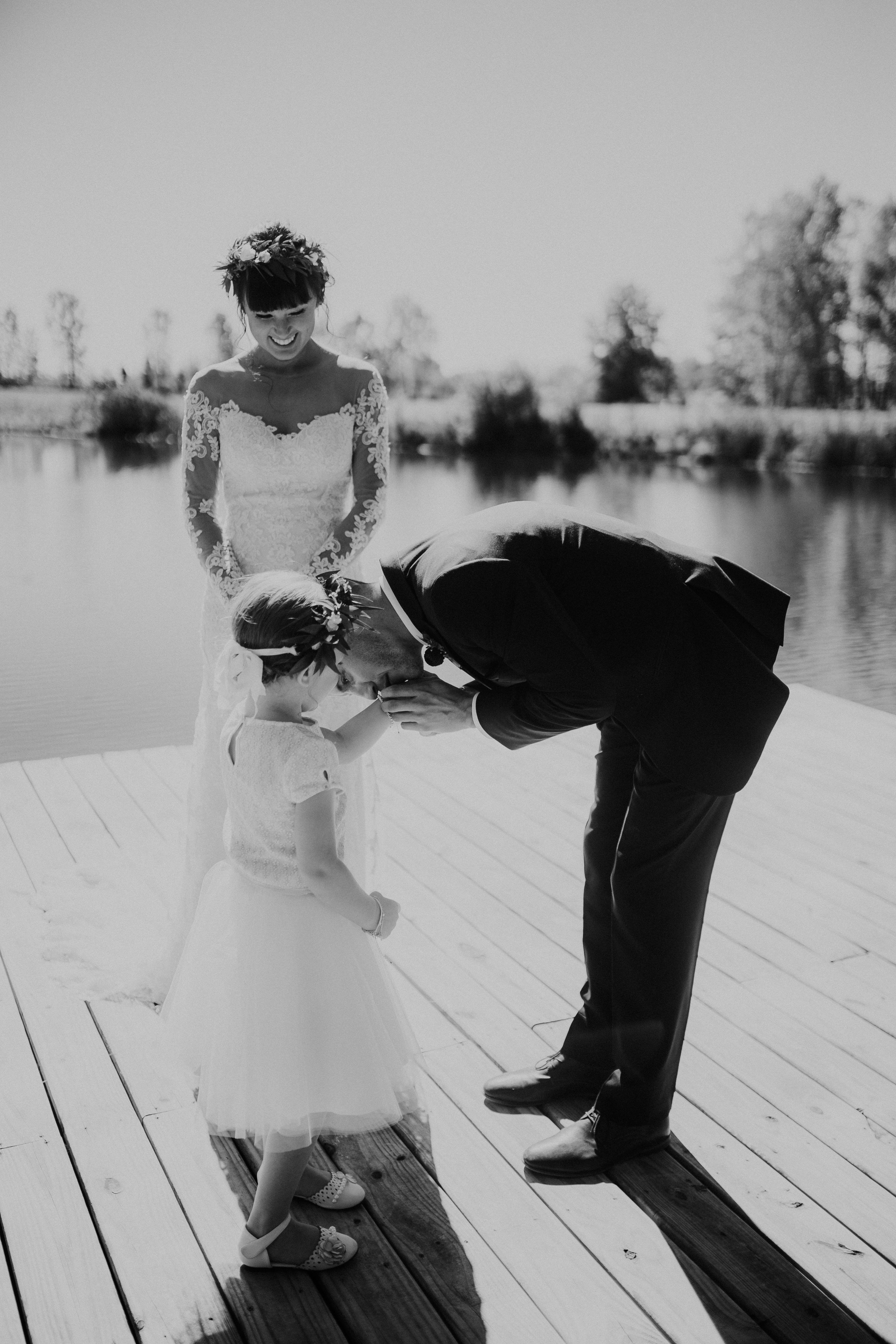 sam-brittany-fortwayne-wedding-brynnaisabell-firstlook (140 of 43).jpg