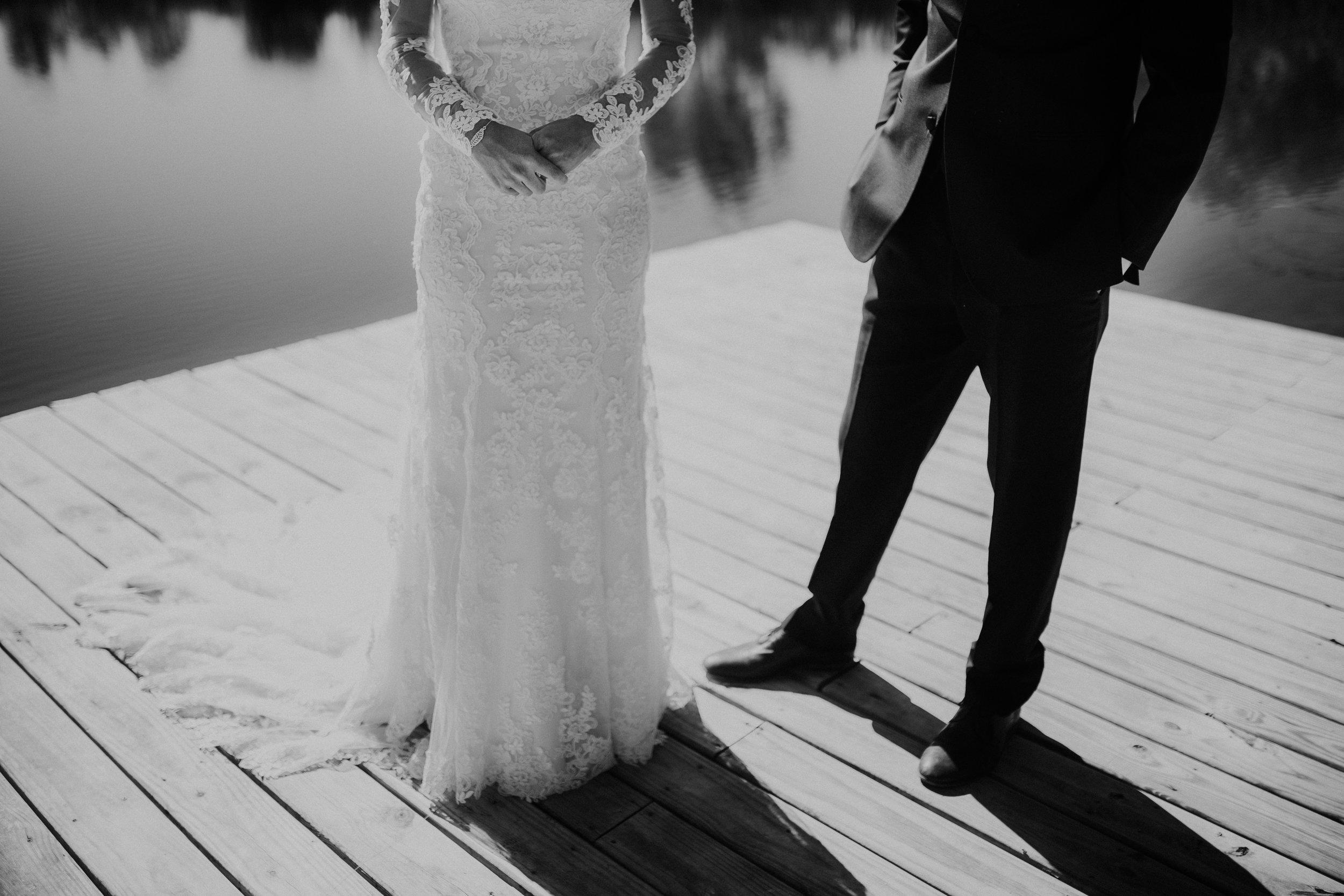 sam-brittany-fortwayne-wedding-brynnaisabell-firstlook (143 of 43).jpg