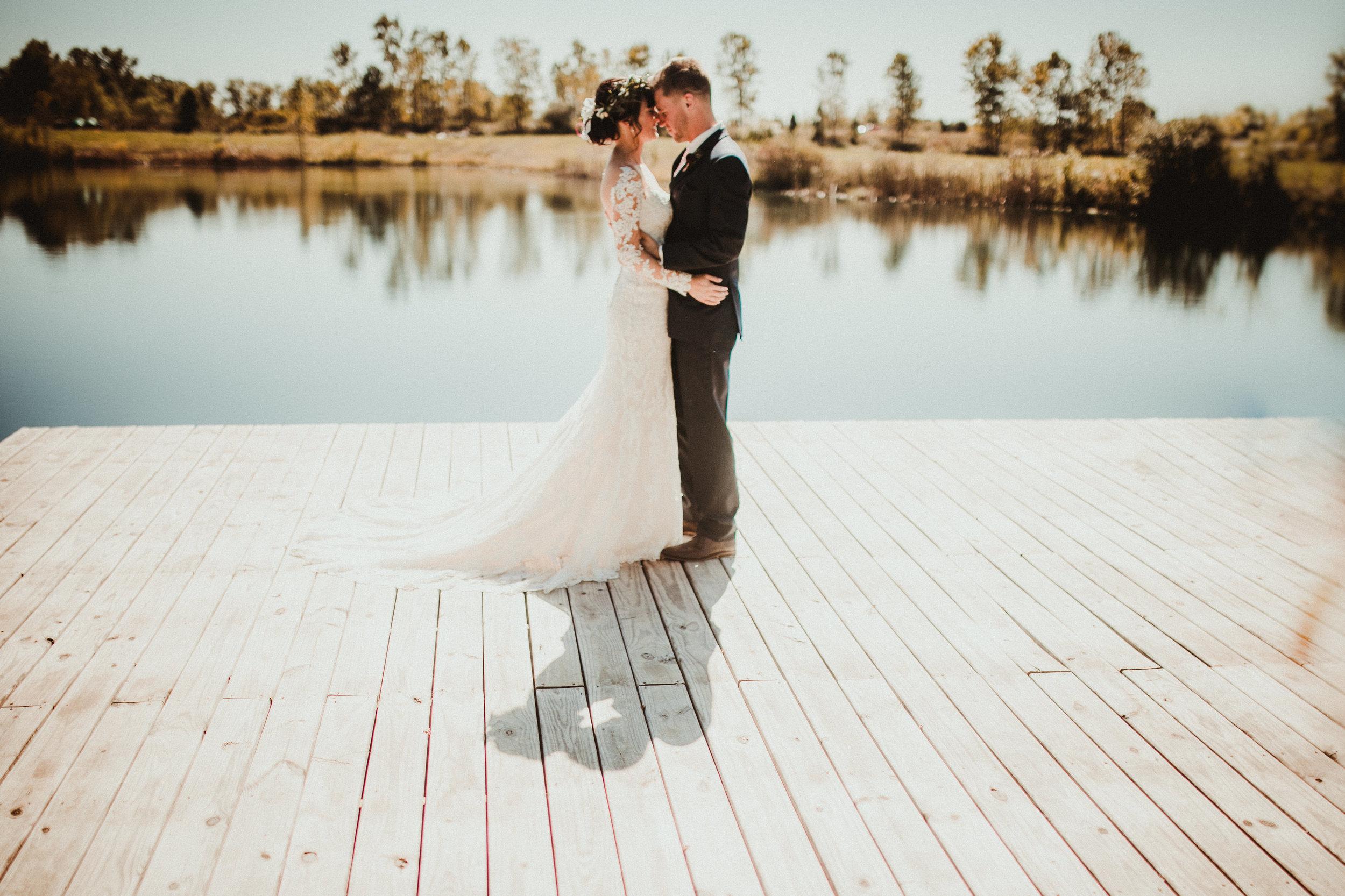 sam-brittany-fortwayne-wedding-brynnaisabell-firstlook (146 of 43).jpg