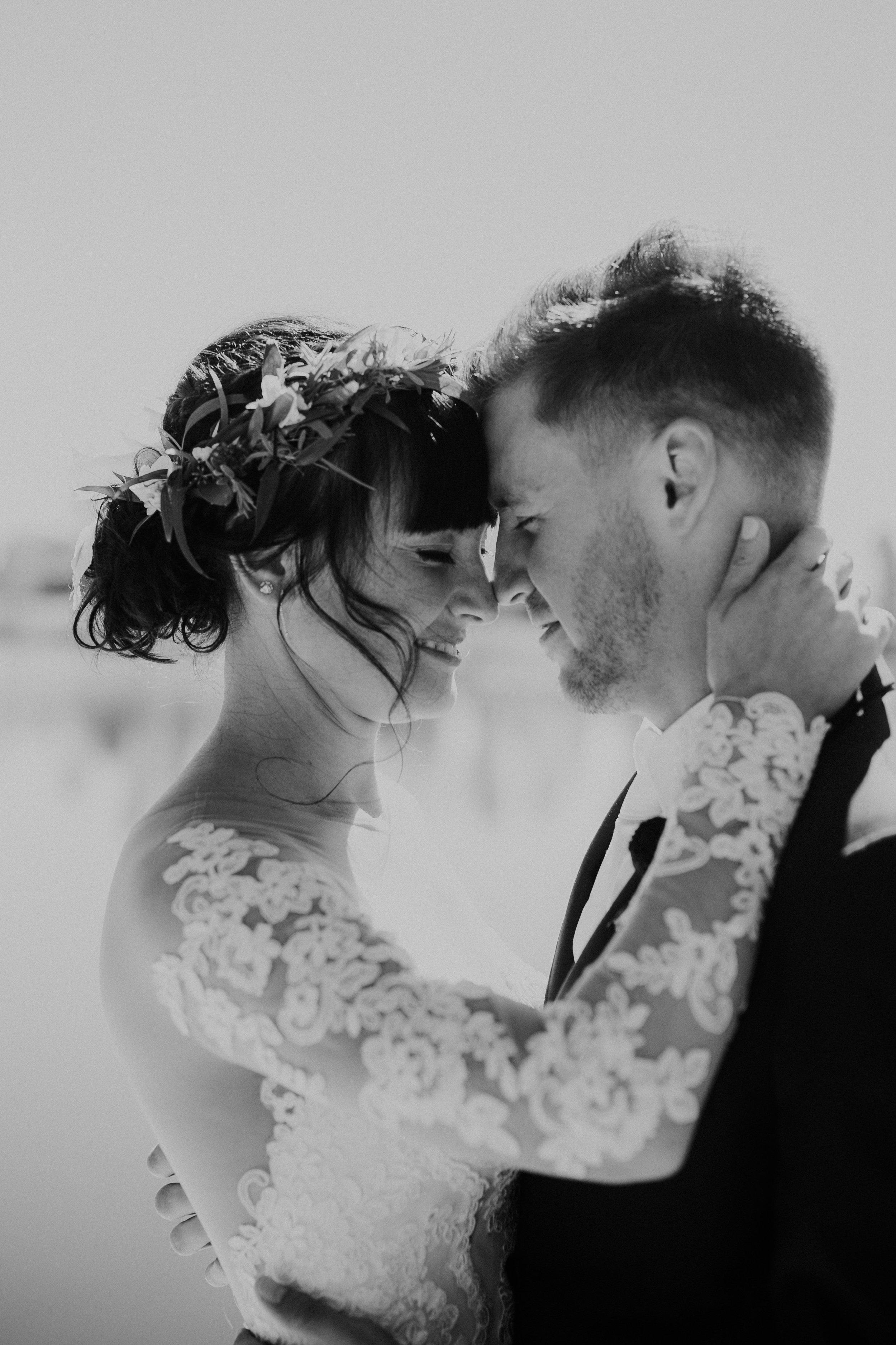 sam-brittany-fortwayne-wedding-brynnaisabell-firstlook (156 of 43).jpg