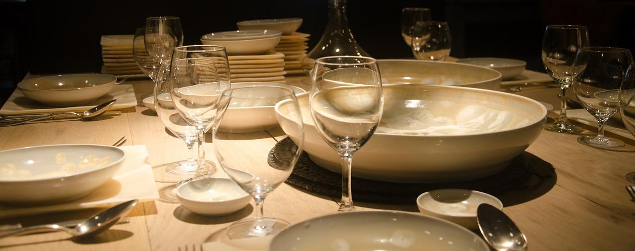 Kitchen & Dining -