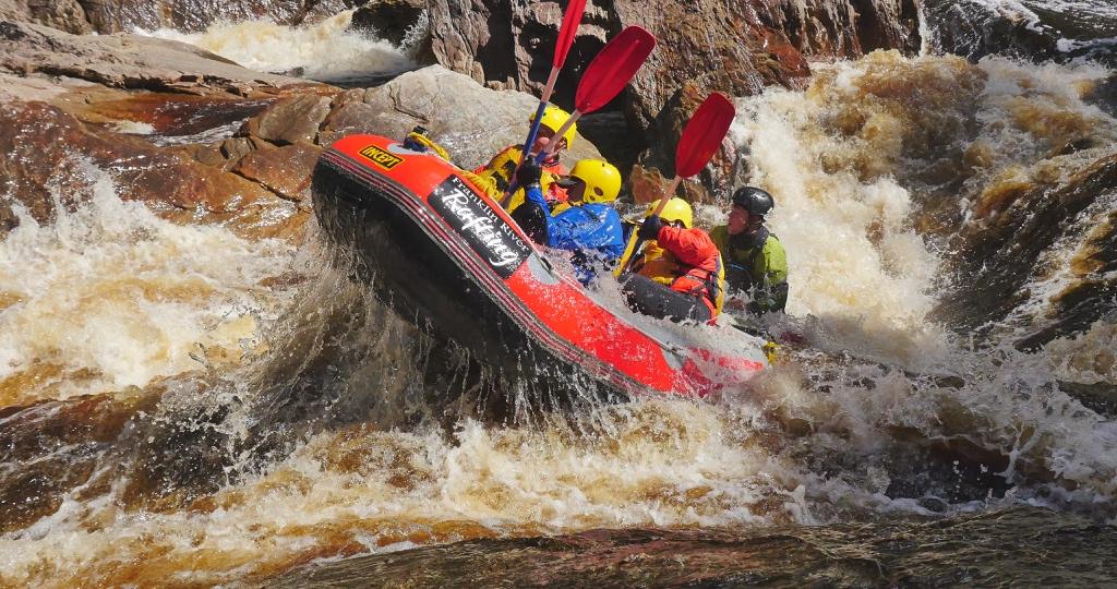 Franklin River Rafting flying Eoin .jpg