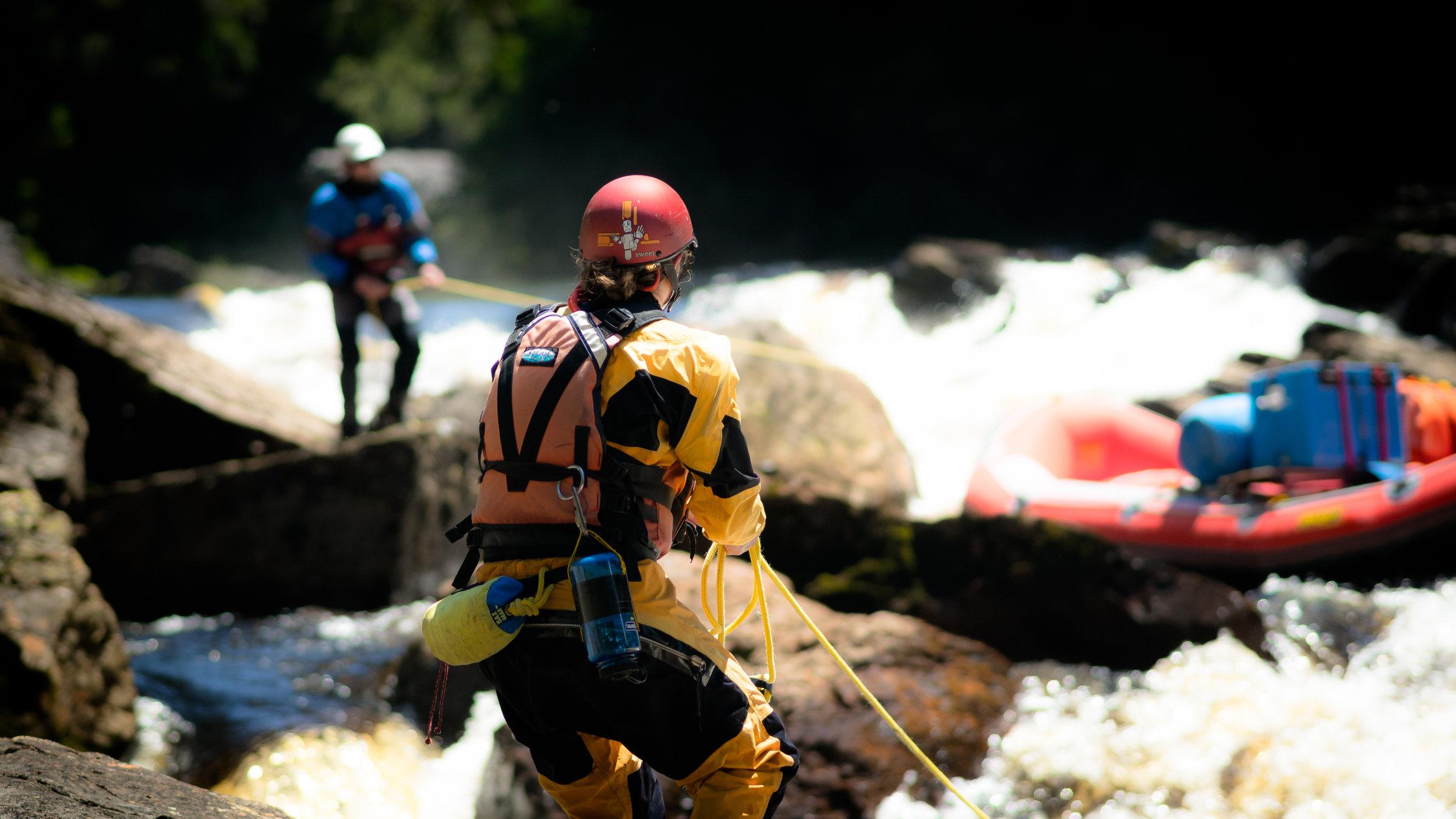 Teamwork on the Franklin River
