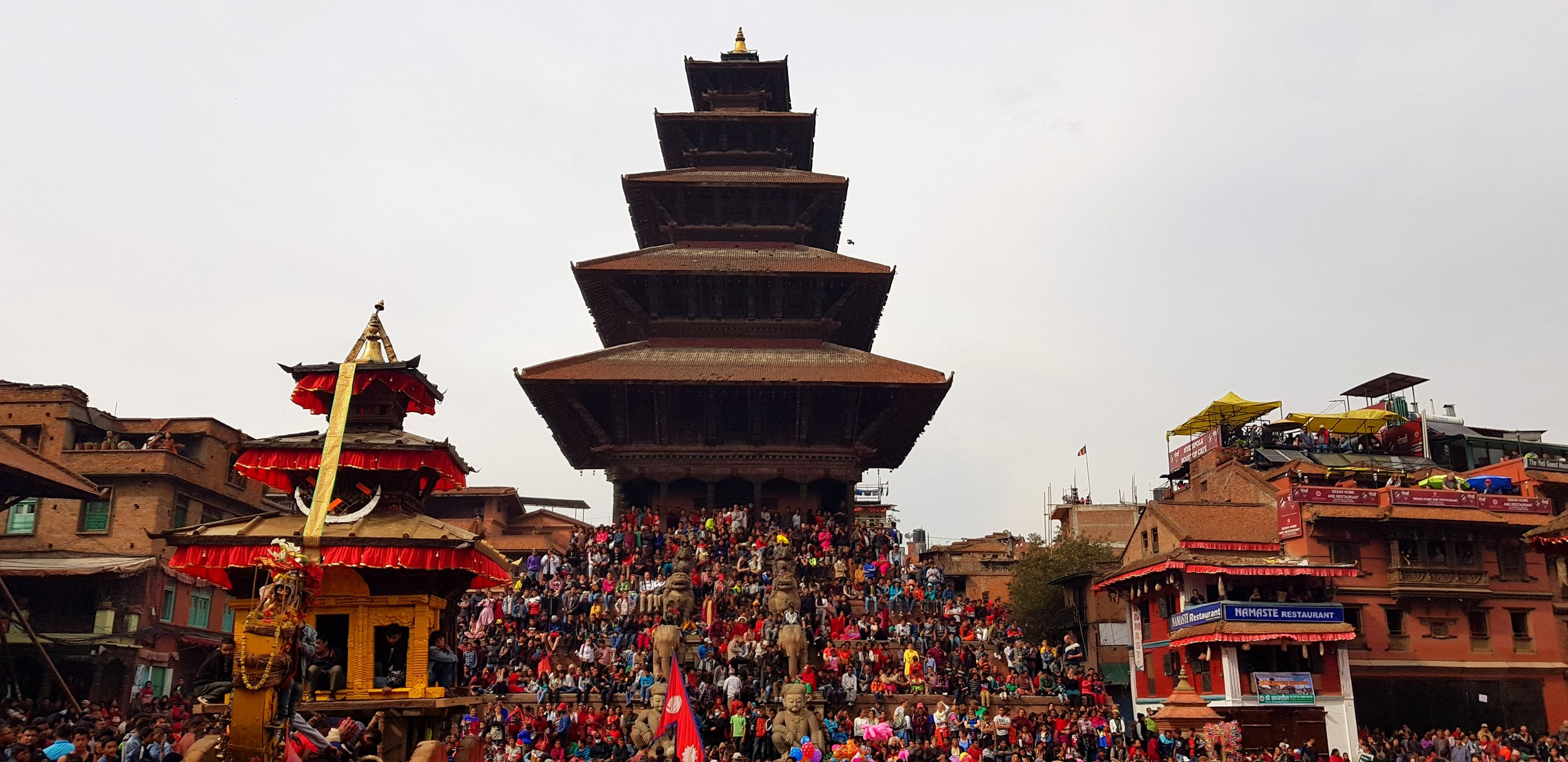 Bhaktapur Dhurba Square.jpg