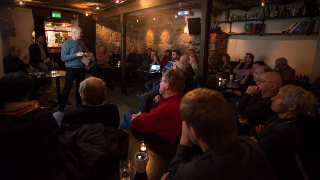 Over 50 møtte opp på temakvelden om reiselivet i Leikanger. FOTO: porten.no