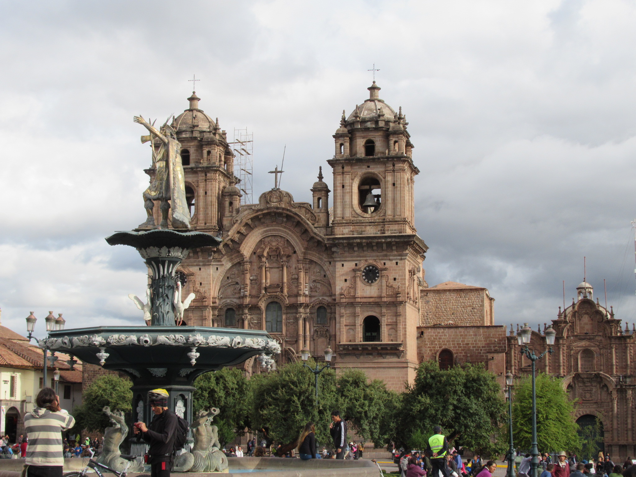 Cusco plaza de armas.