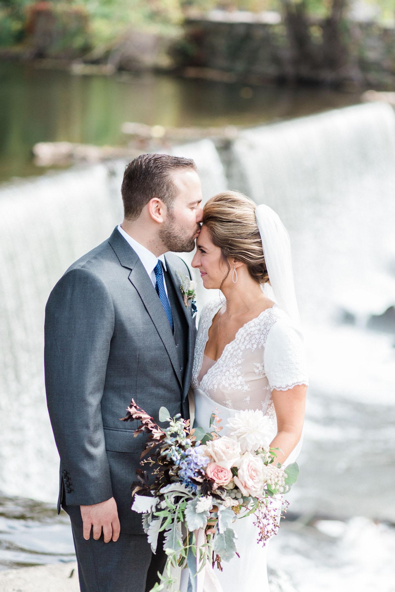 HiloandGinger-Brian+Dina_Weddingday_SneakPeek-12.jpg