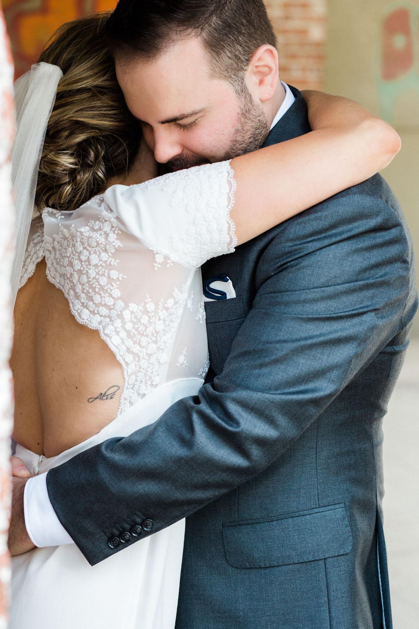 HiloandGinger-Brian+Dina_Weddingday_SneakPeek-23.jpg