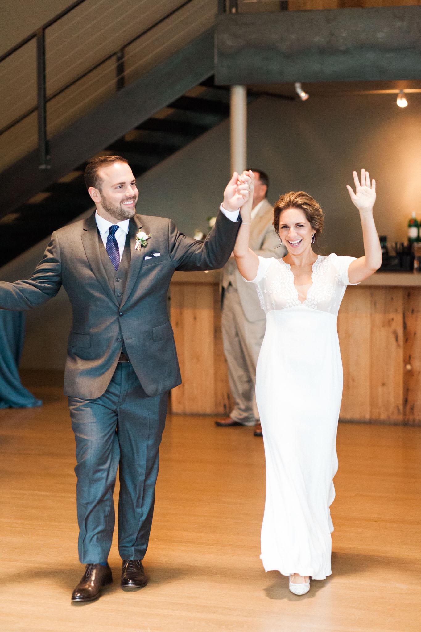 HiloandGinger-Brian+Dina_Weddingday_SneakPeek-48.jpg