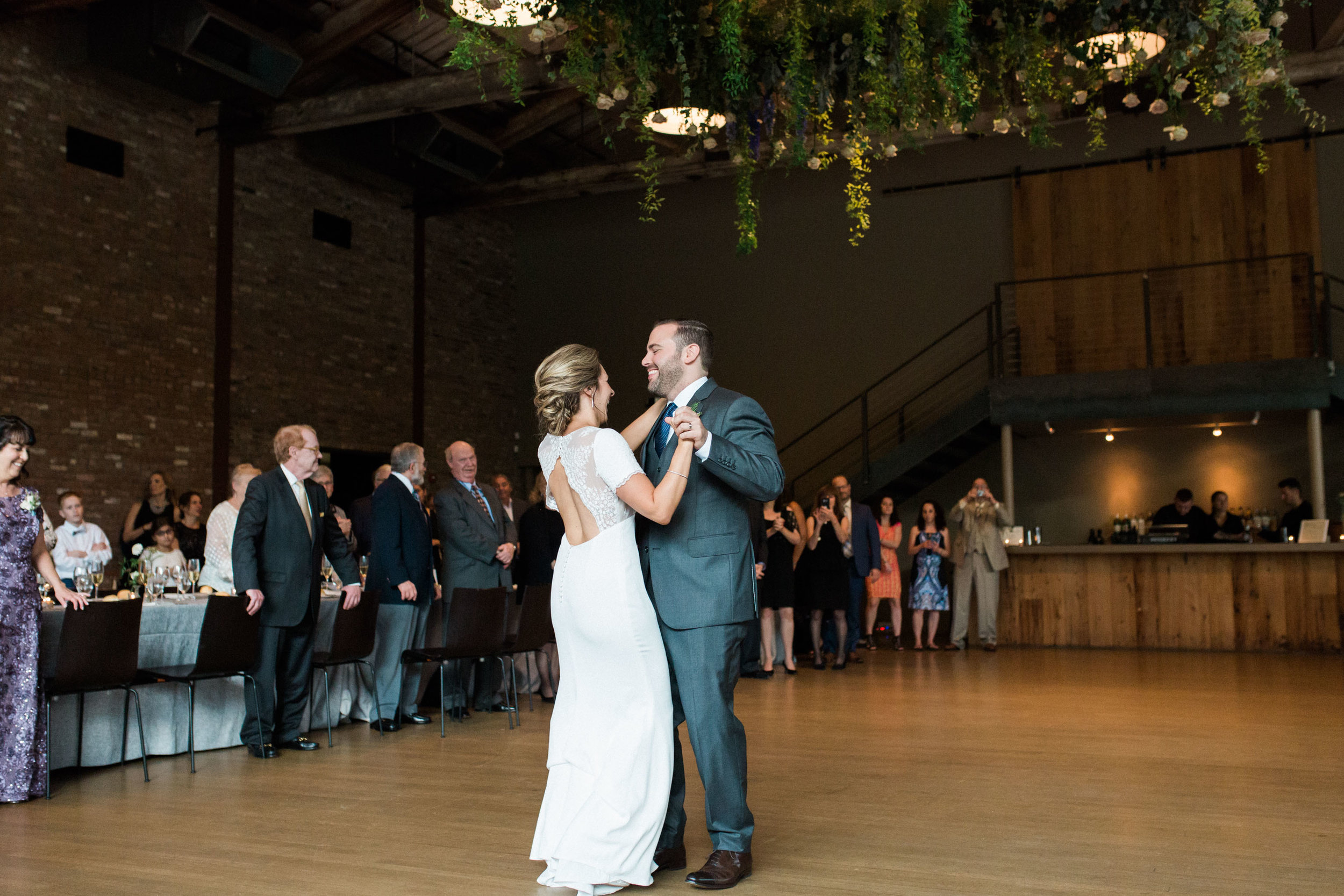 HiloandGinger-Brian+Dina_Weddingday_SneakPeek-49.jpg
