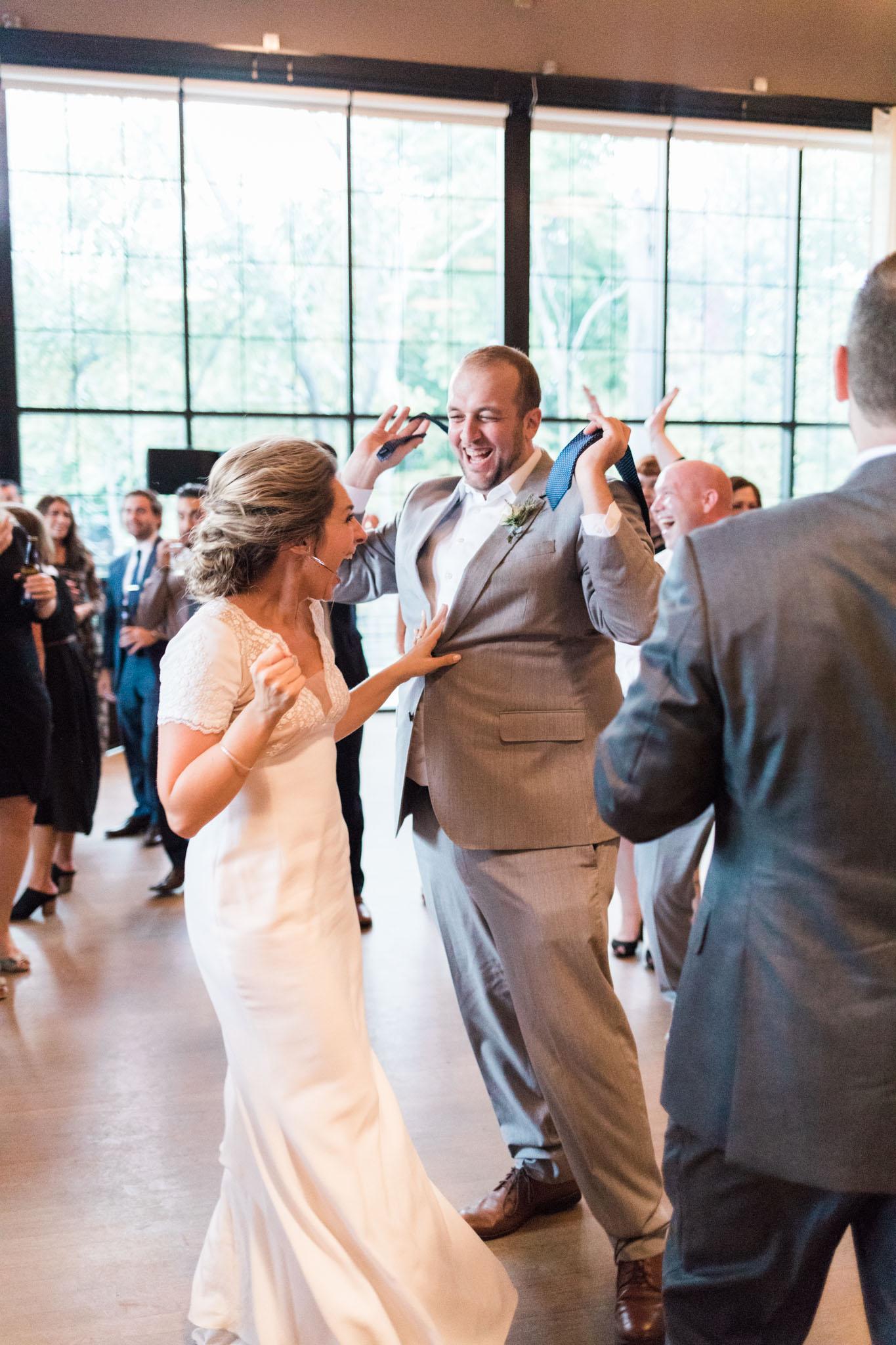 HiloandGinger-Brian+Dina_Weddingday_SneakPeek-60.jpg