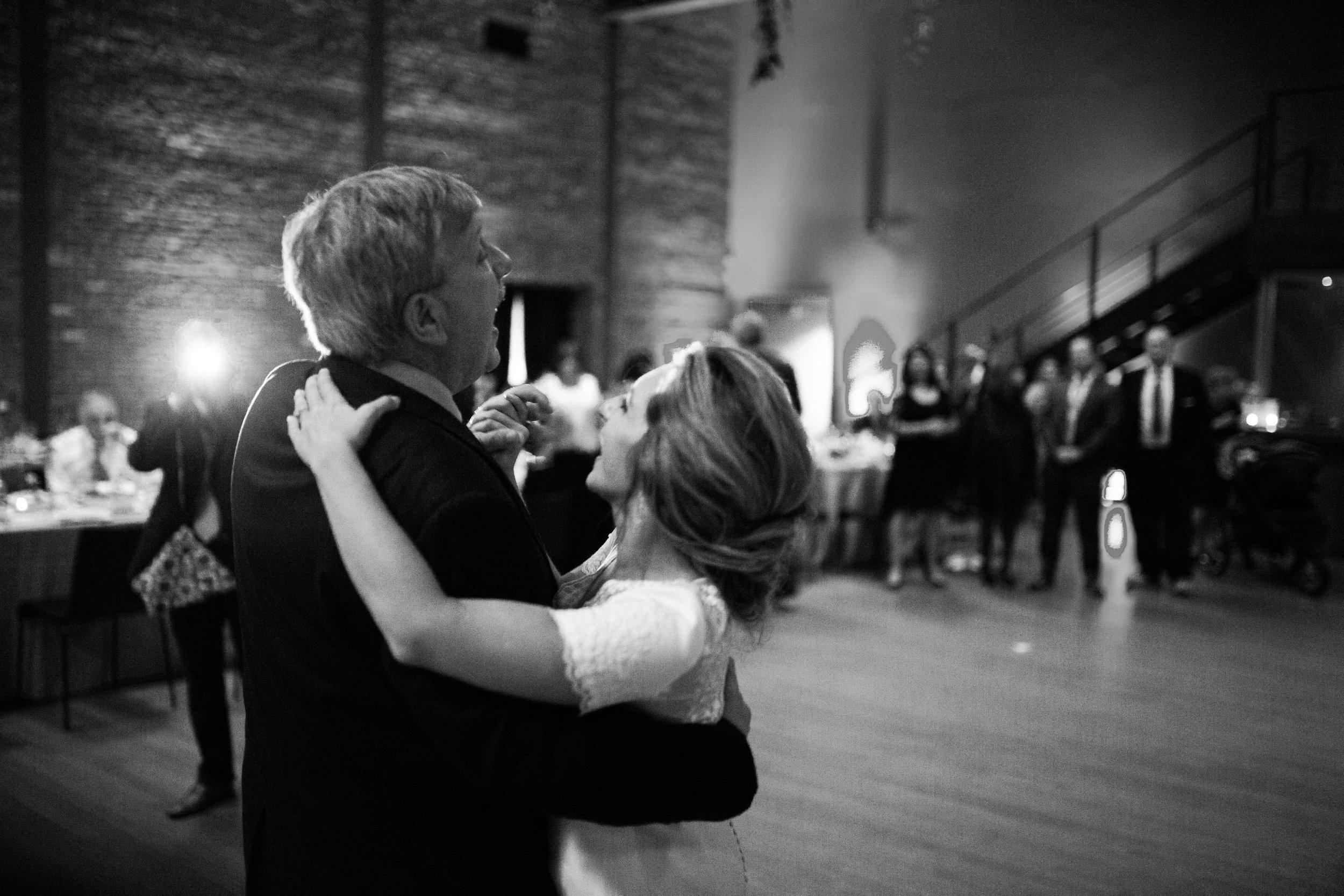 HiloandGinger-Brian+Dina_Weddingday_SneakPeek-65.jpg